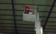 lau mái nhà xưởng