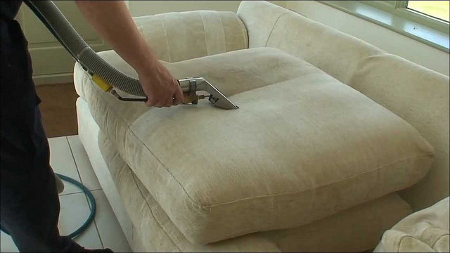 giặt sofa quận phú nhuận