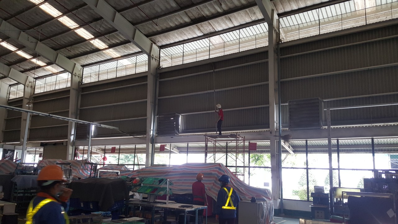 Dịch vụ vệ sinh xưởng sản xuất - Hồng Tâm Phát